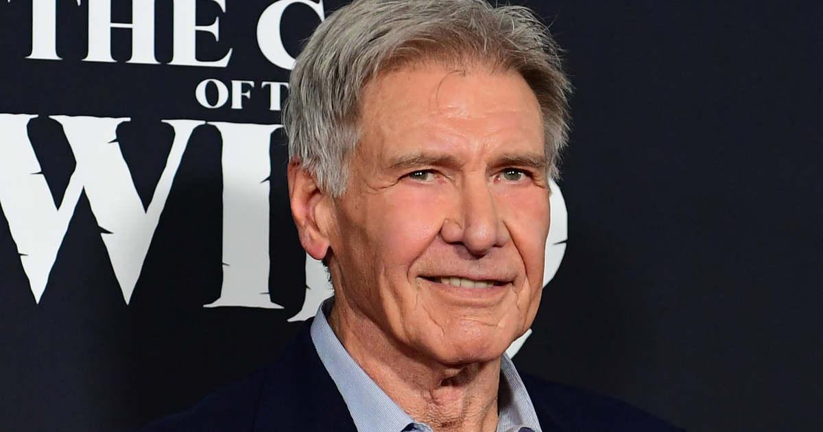 Két órát várt a sorára, Harrison Fordot is beoltották a koronavírus ellen