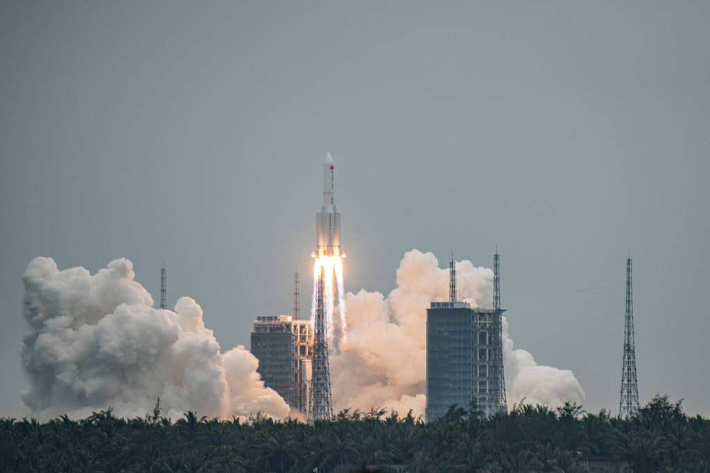 Hosszú Menetelés 5B kínai rakéta