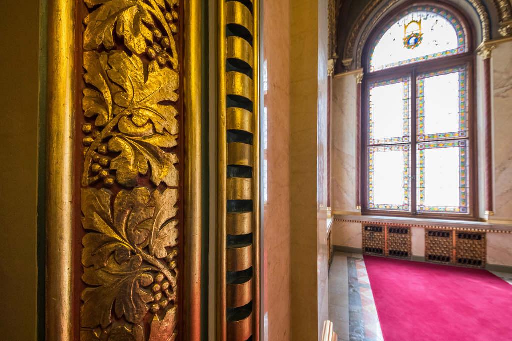 Az épület folyosóiba 40 kiló arany van beleépítve