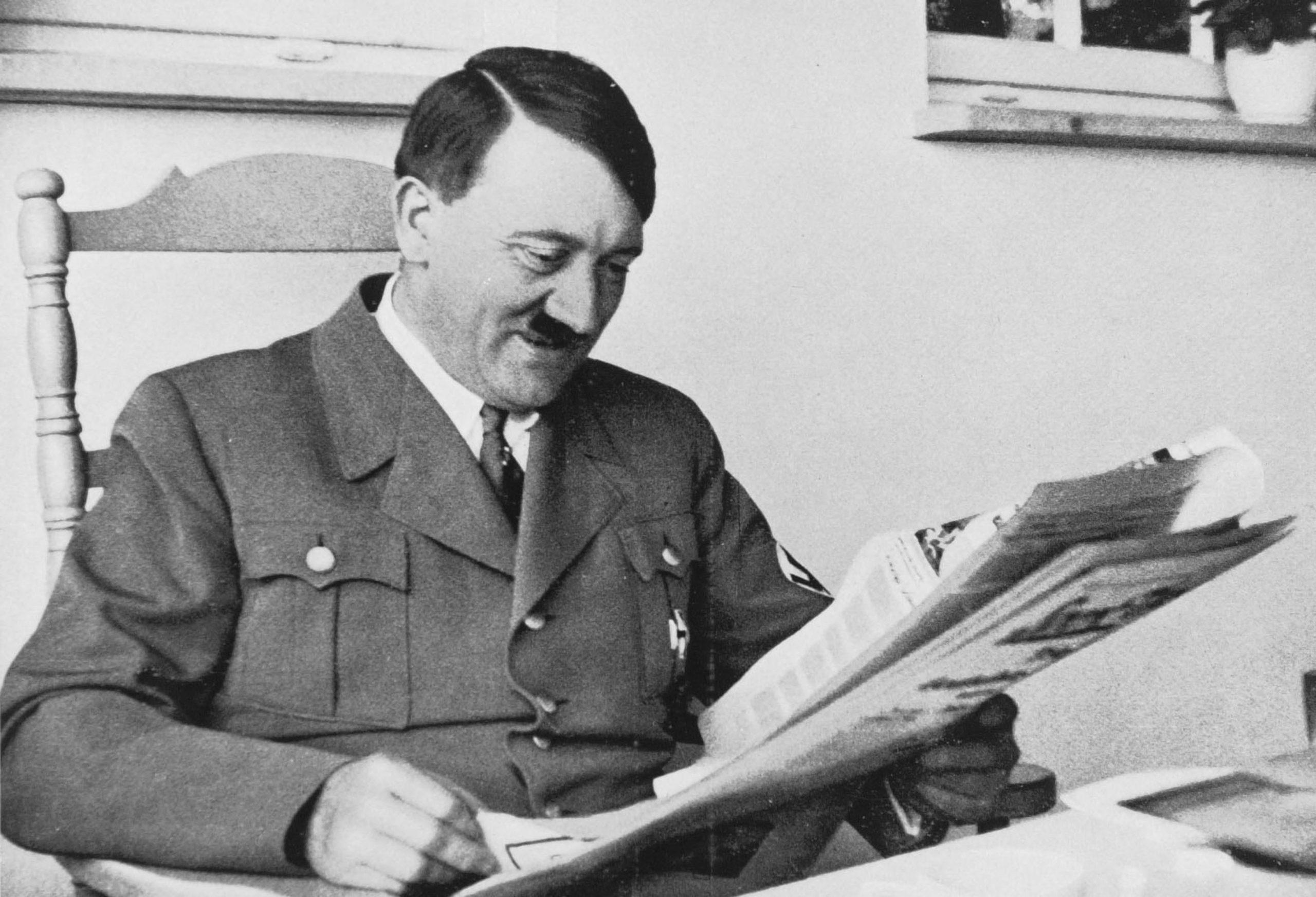 Adolf Hitler szexuális élete