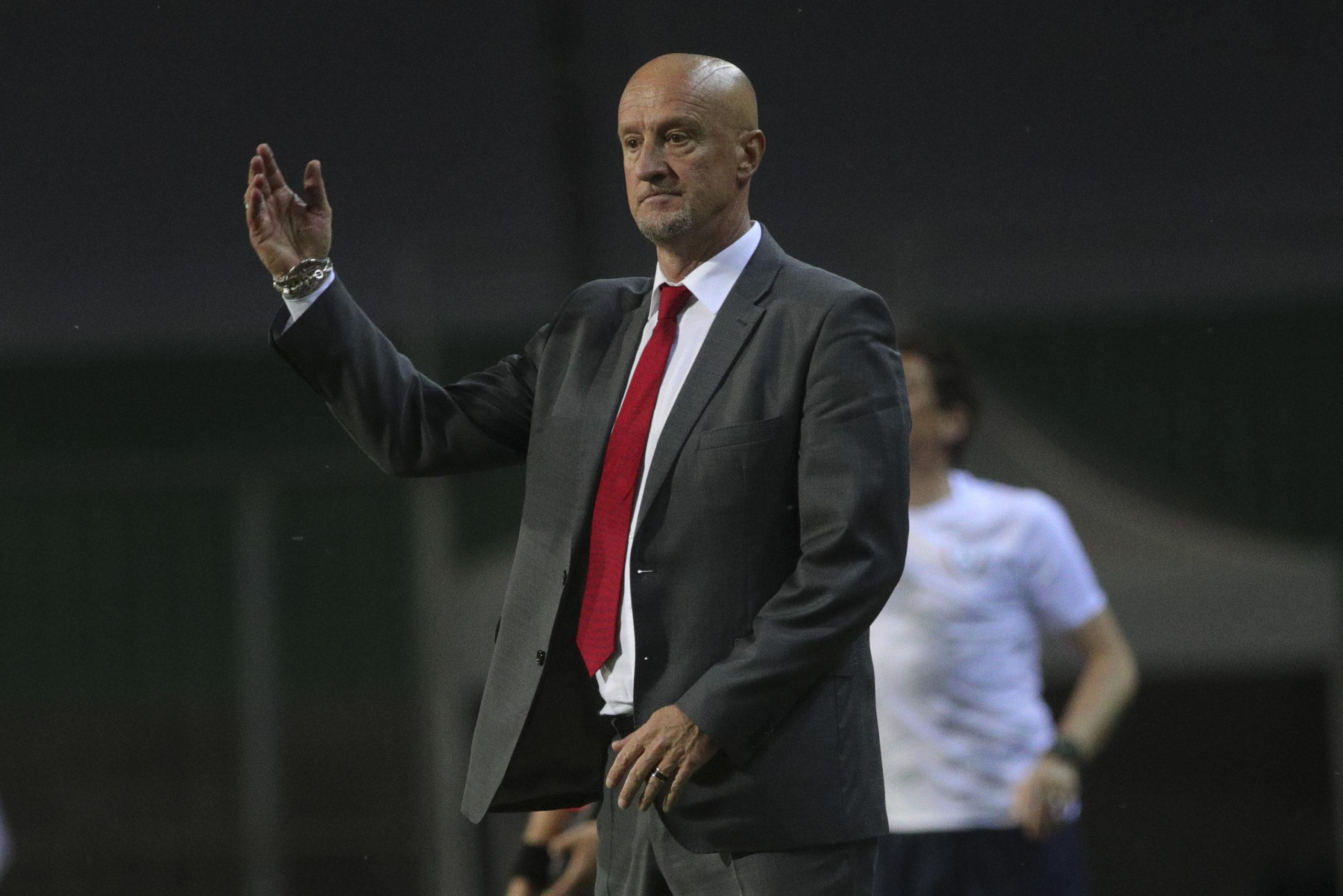 A szövetségi kapitány nagyon csalódott, hogy a magyar labdarúgó-válogatott kedden 3-0-ra kikapott a címvédő portugál csapattól